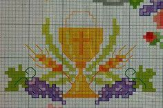 Religious Cross, C2c, Bible Lessons, First Communion, Embroidery Stitches, Cross Stitches, Cross Stitch Patterns, Projects To Try, Arts And Crafts