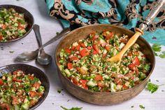 Tabulé (petrezselymes bulgursaláta) Recept képpel - Mindmegette.hu - Receptek Minion, Youtube, Healthy Recipes, Healthy Food, Mexican, Lunch, Ethnic Recipes, Milk, Bulgur