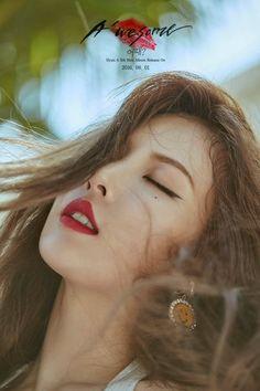 "#HYUNA - 5TH MINI ALBUM [A'WESOME] Jacket Image -1- Title Song_ ""#어때?"" 2016. 08. 01 KST 00:00  #현아컴백"