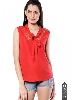 Meira Sleeveless Round Nack Red Poly Crepe Top
