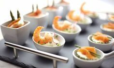 Amuses en (borrel)hapjes: klein maar o zo lekker! Snacks Für Party, Appetizers For Party, Delicious Appetizers, Snack Recipes, Cooking Recipes, Healthy Recipes, Lunch Catering, High Tea, Finger Foods