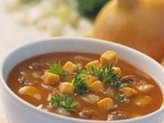 Guláš z diviny - Receptár | Žena.sk Thai Red Curry, Ethnic Recipes, Food, Essen, Meals, Yemek, Eten