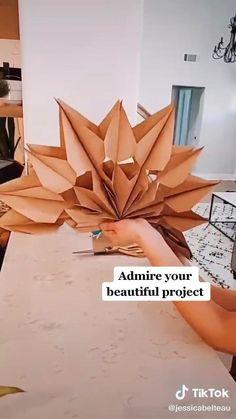 Diy Crafts For Home Decor, Diy Crafts Hacks, Diy Crafts For Gifts, Diy Arts And Crafts, Creative Crafts, Fun Crafts, Diys, Paper Decorations, Easy Party Decorations
