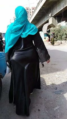 Arab Girls Hijab, Girl Hijab, Muslim Girls, Beautiful Muslim Women, Beautiful Hijab, Arabian Beauty Women, Girl Number For Friendship, Indian Girl Bikini, Celebrity Style Casual