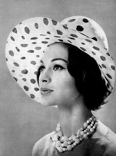 Rose Valois hat, 1960