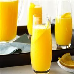 Serve these fun cocktails, coffees, spritzers and juices at your next weekend brunch. Afterall, it's not brunch without a mimosa! Orange Juice Cocktails, Fun Cocktails, Fun Drinks, Yummy Drinks, Yummy Food, Martini Recipes, Punch Recipes, Cocktail Recipes, Drink Recipes