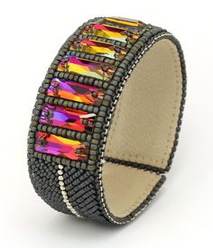 Natasha Shcherbakova, bracelet, Swarovski crystals, Japanese seed beads (Toho), metal beads, leather on a metal base