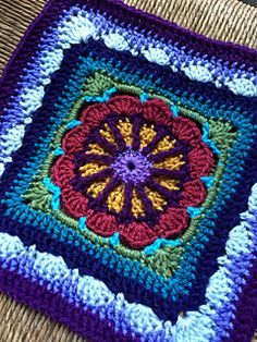 Transcendent Crochet a Solid Granny Square Ideas. Inconceivable Crochet a Solid Granny Square Ideas. Crochet Afghans, Motifs Afghans, Crochet Squares Afghan, Crochet Blocks, Ripple Afghan, Baby Afghans, Afghan Blanket, Crotchet Patterns, Granny Square Crochet Pattern