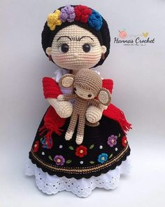 Mini Mexican Doll - Crochet Pattern by {Amour Fou} Crochet Doll Pattern, Crochet Patterns Amigurumi, Amigurumi Doll, Knitted Dolls, Crochet Dolls, Crochet Crafts, Crochet Projects, Crochet Hook Case, Confection Au Crochet
