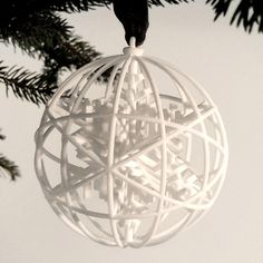Kristalli - Christmas ball 3D printer - Selvaggia Armani - .exnovo #3DPrinting #design #madeinitaly