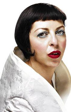 4da2d6e81df Fatally flawed fashionista  Isabella Blow s husband reveals how beneath all  the glitz