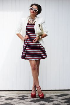 Ten Fashionable Outfits To Comply With The Striped Trend - http://www.laddiez.com/health-beauty-tips/ten-fashionable-outfits-to-comply-with-the-striped-trend.html - #Comply, #Fashionable, #Outfits, #Striped, #Trend, #With
