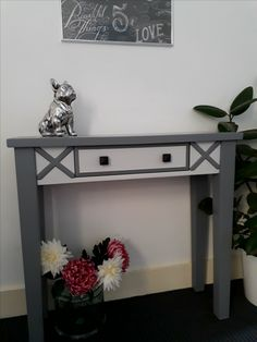 Console table, painted in two shades of grey. Item now sold. Upcycled Furniture, Painted Furniture, Unique Home Decor, Shades Of Grey, Console Table, Entryway Tables, Shabby Chic, Hand Painted, Colours