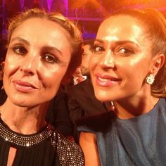 """#RaquelGomesCosta com #DâniaNeto na XX Gala dos Globos de Ouro.    #MariaJoãoBahia, #authorjewelry """"...elegance is an attitude"""" www.mariajoaobahia.pt"""
