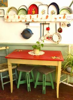 √ Best Kitchen Table Design Ideas for Your Amazing Kitchen Design Cute Kitchen, Vintage Kitchen, Red Space, Deco Retro, Flea Market Style, Deco Boheme, Kitchen Colors, Artisanal, Boho Decor