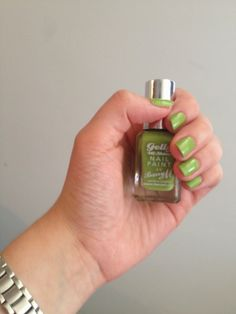 """Barry M. """"Key Lime"""" - Green Nails for St. (Red Lips and Rosewater) Blush Pink Nails, Pink Glitter Nails, Pastel Nails, White Nails, Squoval Acrylic Nails, Shellac Gel Polish, Black Acrylic Nails, Gell Nails, Lime Green Nails"""