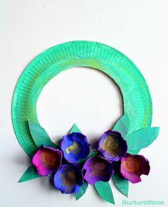 Paper plate spring wreath for preschool – NurtureStore - Spring Crafts For Kids Spring Crafts For Kids, Summer Crafts, Diy Crafts For Kids, Art For Kids, Arts And Crafts, Spring Crafts For Preschoolers, Craft Ideas, Kid Art, Paper Plate Crafts