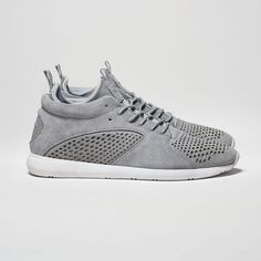 Quest Mid in Grey Suede