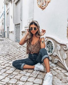Mode Outfits, Outfits For Teens, Fashion Outfits, Foto Casual, Pinterest Fashion, Girl Photography Poses, Outfit Goals, Looks Style, Cute Casual Outfits