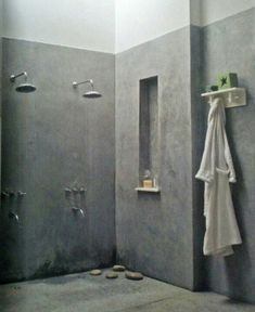 Double Shower Remodel and Master Shower Remodel Walk In. Concrete Shower, Concrete Bathroom, Diy Concrete, Concrete Floor, Polished Concrete, Bad Inspiration, Bathroom Inspiration, Double Shower Heads, Bathroom Niche
