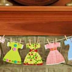 Paper Dress Garland {Free Pattern}