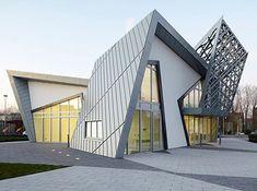 Modern Villa Libeskind by Studio Daniel Libeskind....i love architecture that looks like sculpture..