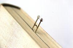 bookmark @ IgnanT  http://www.ignant.de/2012/02/17/fairy-tale/