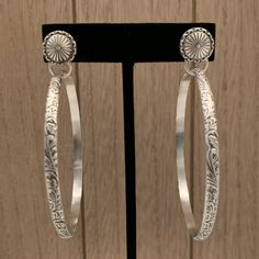 Delicate and Perfect Design Genuine 925 Sterling Silver Basic and Simple Shiny Hammered-Finish Teardrop Hoop Dangle Hook Earrings Big Apple Hoops Lightweight