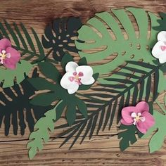 Paper decorations Aloha - Tropical leaves, mix, set contains 7 different shapes of leaves, each shape in 3 shades of green colour. Moana Party, Moana Birthday Party, Aloha Party, Luau Party, Baby Party, Flamingo Party, Deco Jungle, Jungle Party, Hawaiian Theme