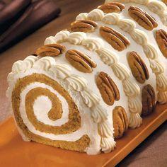 Pumpkin Roll Cake - and so pretty!