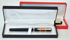 Penna con cofanetto (nero o rosso) • Acquistala online qui: http://www.ebay.it/itm/Penna-stilografica-personalizzata-con-incisione-Mod-Collection-/181205218404?pt=Penne==item6fd23e6714