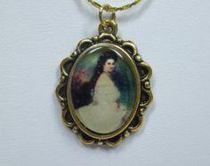 Vintage Cameo Necklace Of  Princess Elisabeth Cabochon Pendant Fabulous Acrylic Transferware