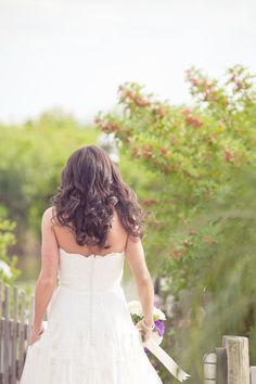 Simple but beautiful wedding hair