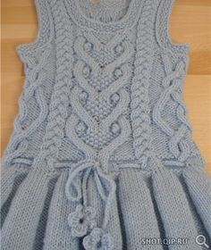 Warm sundress with folds for the girl (Knitting by spokes) Baby Boy Knitting Patterns, Crochet Baby Dress Pattern, Knitting For Kids, Knit Patterns, Dress Patterns, Girls Knitted Dress, Knit Baby Dress, Gilet Crochet, Baby Sweaters