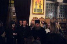 Αληθινός χείμαρρος ήταν το βράδυ της παραμονής του Αγίου Δημητρίου ο γέροντας Μόδεστος,μιλώντας ασταμάτητα επί ώρες, ακούραστα, σαν γάργαρο νερό,...