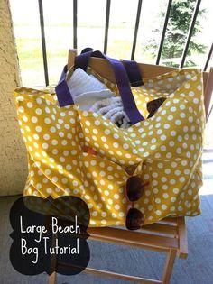 Large Beach Bag/ Tote Tutorial...would LOVE to make this!  Use as a diaper bag too.  #beach #beachbag #summerlove