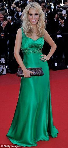 Luisana Lopilato #Cannes2012 #HauteCouture #RedCarpet