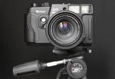 Fuji-Fujifilm GW690III medium format Rangefinder manual also known as The Brick or Texas Leica.