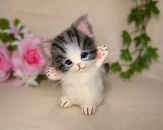 Adorable! Needle felted kitten by Ringo Ring from Japan