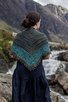 Ravelry: Ishneich pattern by Lucy Hague