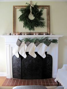 ✿   etsy bluefolkhome says ✿  In the last couple days I have seen several examples of wreaths hung within an empty frame. Choose your frame carefully.  Make sure that the size of your wreath looks balanced with the size of the frame and use an attractive fastener at the top.  Striking!