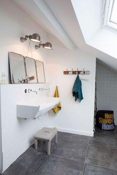 Grande vasque de salle de bain a la mode vasque d 39 ecole salle de - Lavabo retro salle de bain ...