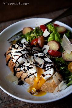 Parmesan Balsamic Poached Eggs on Toast with a Parisian Side Salad by whipperberry #Salad #Eggs #whipperberry