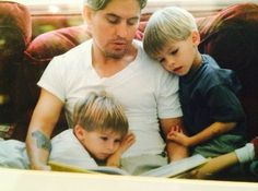 Sprouse Twins and his Dad // Dylan Sprouse IG Post Cole M Sprouse, Sprouse Bros, Cole Sprouse Jughead, Dylan Sprouse Girlfriend, Zack Et Cody, Dylan Und Cole, Lili Reinhart And Cole Sprouse, Riverdale Cole Sprouse, Betty And Jughead