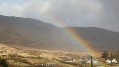 Wunderwelt Irland - B & B - Gaestezimmer buchen -  moira.eccuill@gmail.com Irish Cottage, Connemara, Mountains, Nature, Travel, Ireland, Voyage, Trips, Viajes