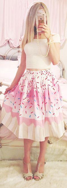 Loooove the skirt!!