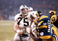 Hall Of Fame Howie Long Los Angeles Raiders Oakland Raiders Silver and Black Raiders Players, Nfl Raiders, Oakland Raiders Football, Raiders Baby, Football Icon, Football Helmets, Football Wall, Joe Greene, Baltimore Colts