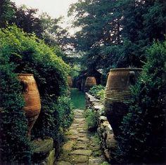 *THE GREEN GARDEN GATE*: MICHAEL TRAPP'S WONDERFUL GARDEN IN CARNWALL