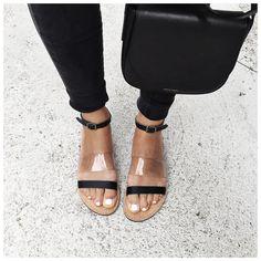 Audrey sur Instagram : sandals #isapera