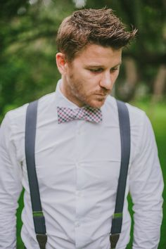 Gone are the days of boring plain suits and predictable attire for the Groom & his Groomsmen! These days we're seeing fancy bow ties, suspender and more! Here are 25 swoon worthy groomsmen and groom outfit ideas! Wedding Groom, Wedding Pics, Wedding Attire, Wedding Men, Summer Wedding, Wedding Styles, Chic Wedding, Wedding Ideas, Wedding Cakes